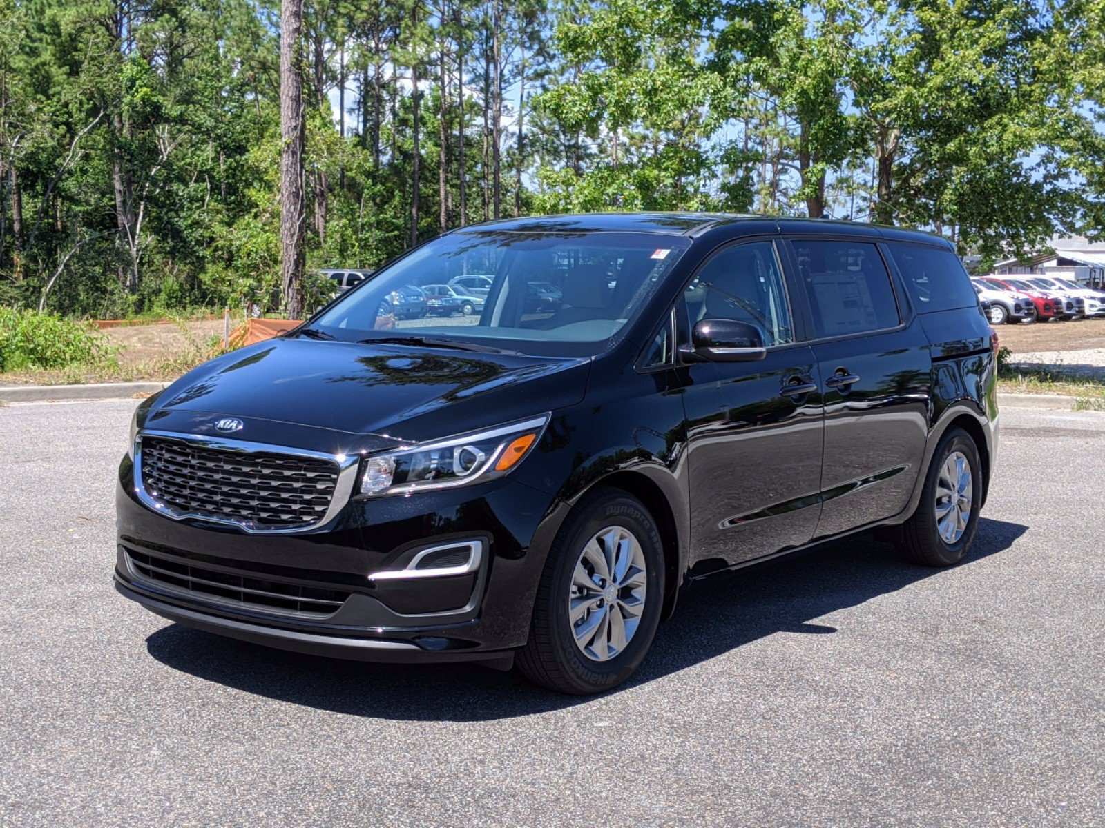 new 2021 kia sedona lx minivan passenger in wilmington